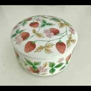 Vintage Strawberries & Blossoms Trinket Box EUC
